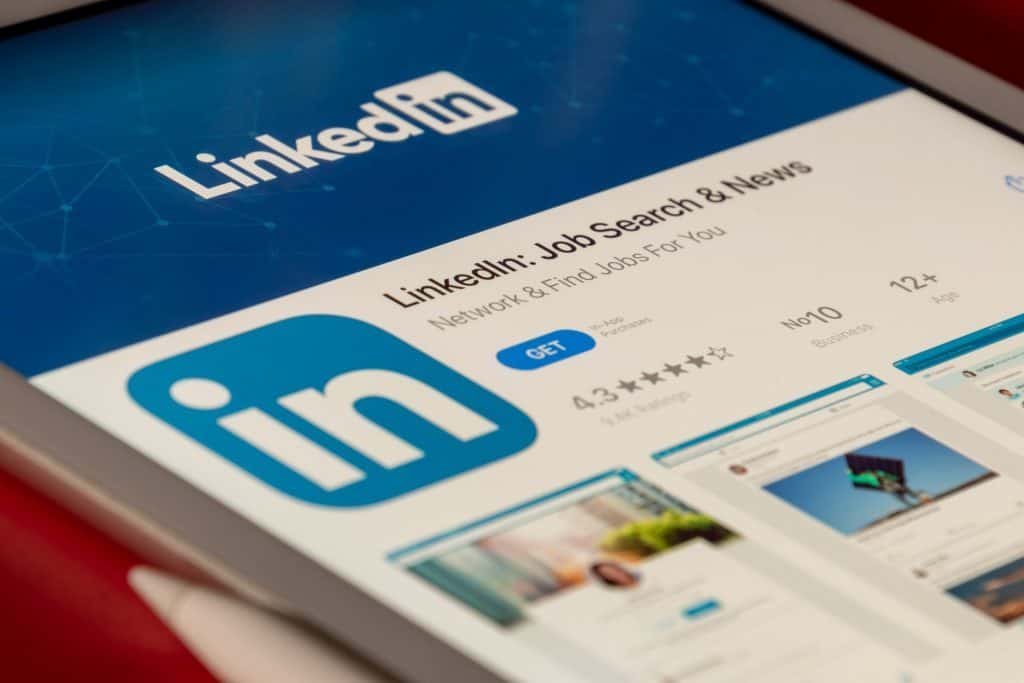 Threat Actors Can Abuse This LinkedIn Feature To Create Job Listings On Behalf Of Any Company
